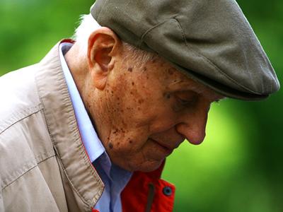 tumore prostata 84 anni)